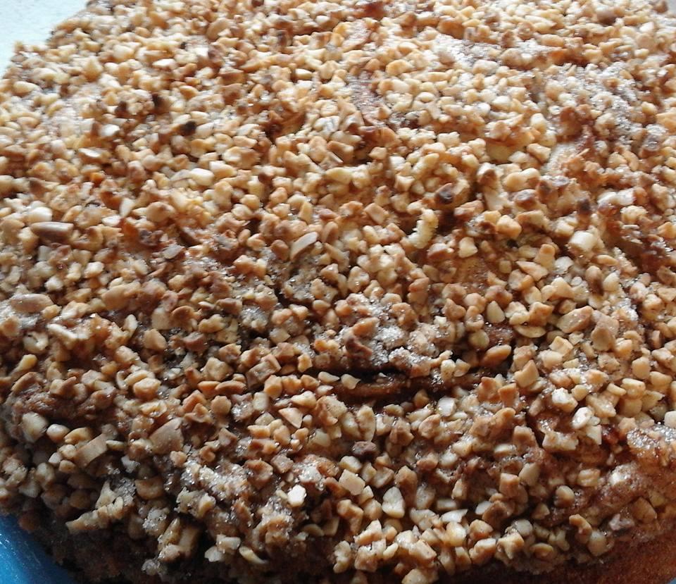 Apfel-Zimtkuchen mit Mandeldecke
